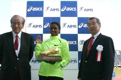 Tiki Gelana is AIMS Athlete of 2012