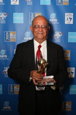 AIMS Social Award, presented to Ruben Romero of the Maraton Internacional Lala