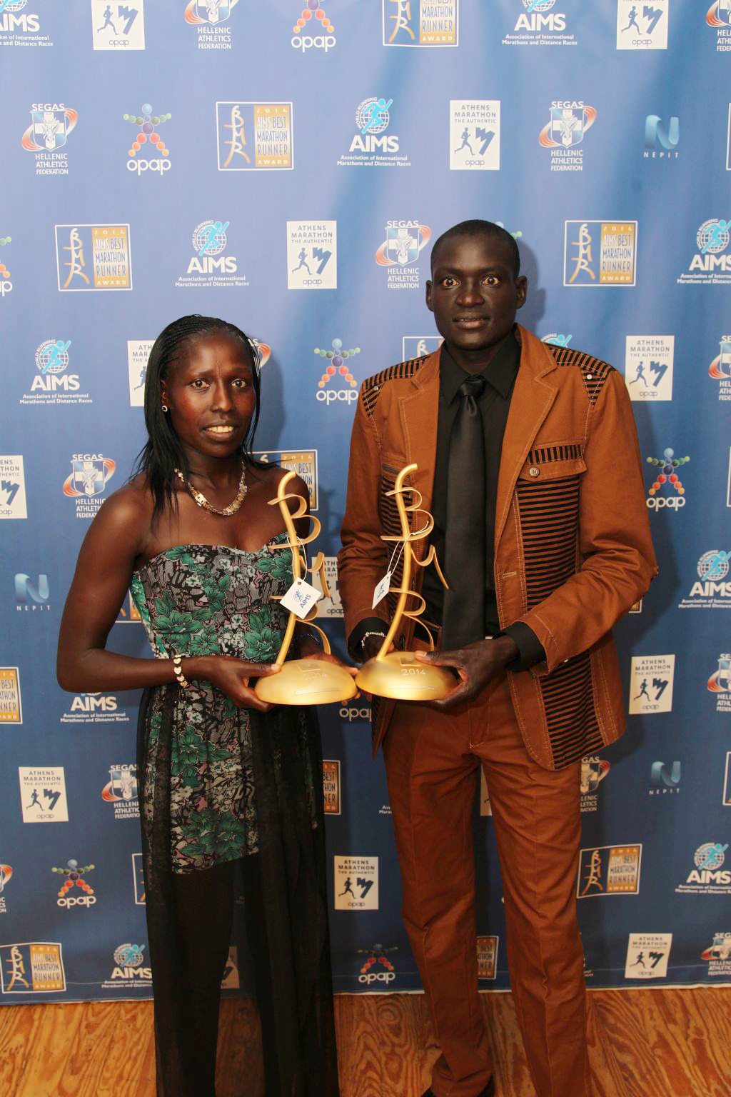 Article-273-florence-kiplagat-and-dennis-kimetto-aims-bmr-2014-by-marathon-photo