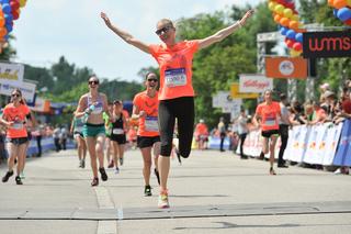 Cheer at the finish3 %28c%29agenturdiener