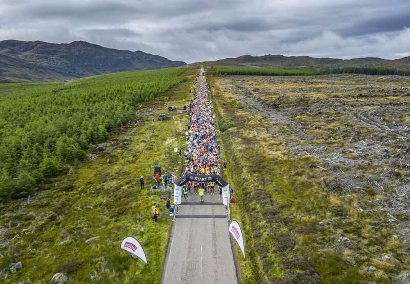 180923 loch ness marathon start